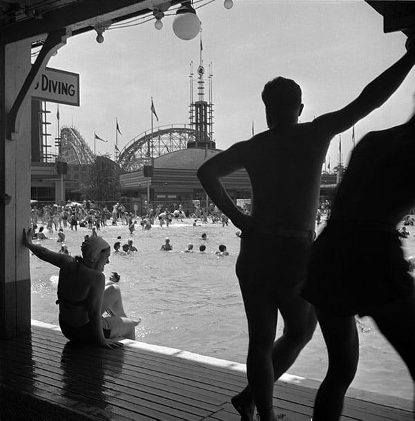 amusement park, new york, 40s