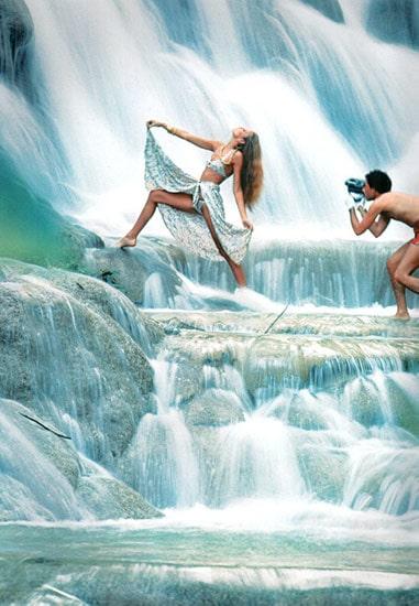 Jery Hall, Waterfall