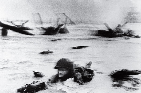 D Day Landing, Robert Capa
